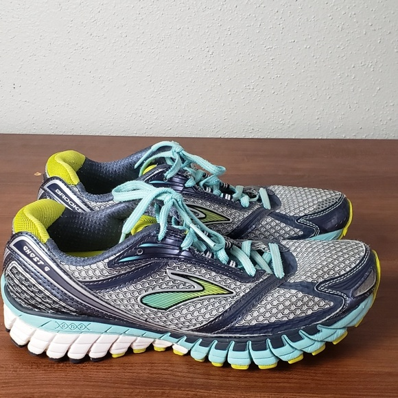 3edddb0a069 Brooks Shoes - Brooks Ghost 6 Running Shoes sz 8.5